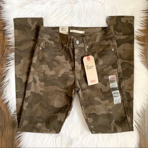 NWT Levi's 311 Shaping Skinny Camo Jeans 0 / 25